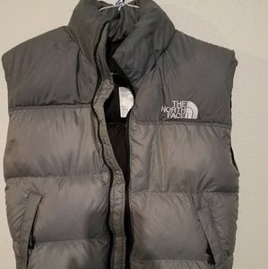 NORTH FACE PUFFER VEST LADIES SMALL PETITE GREY